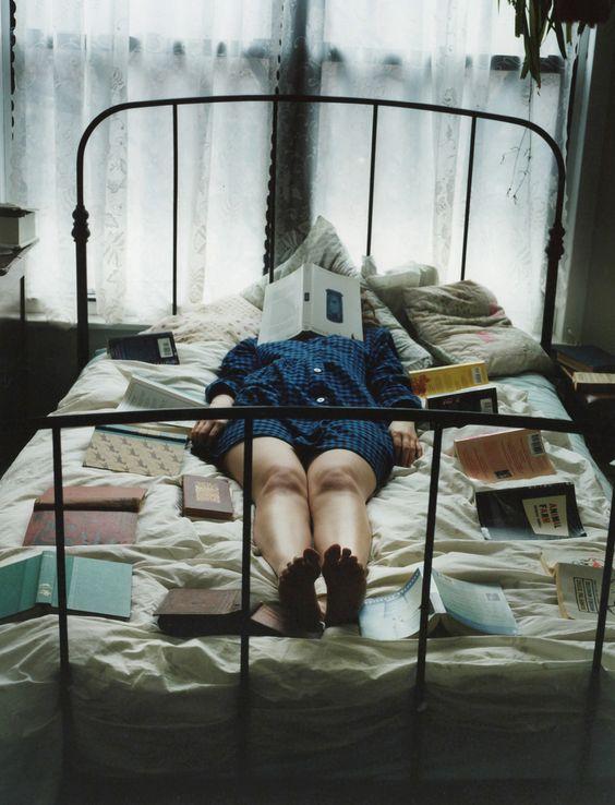 universitaria estresada